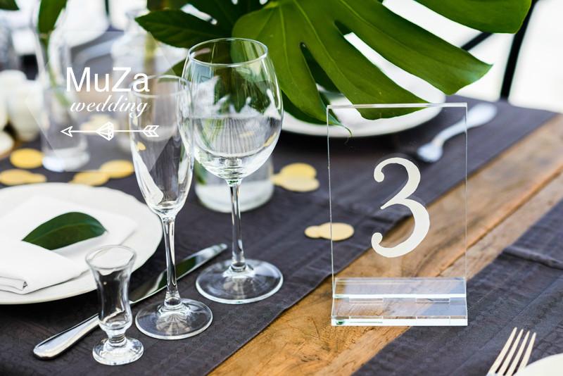 Прозрачный пластиковый номерок на гостевой стол - легкий, нежный и элегантный, свадебный декор, свадебное оформление