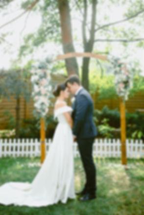 Нежная свадебная цермония Людмилы и Дениса в ресторанном комплексе Триполье, трогательная свадебная церемония и веселый банкет, организация свадьбы