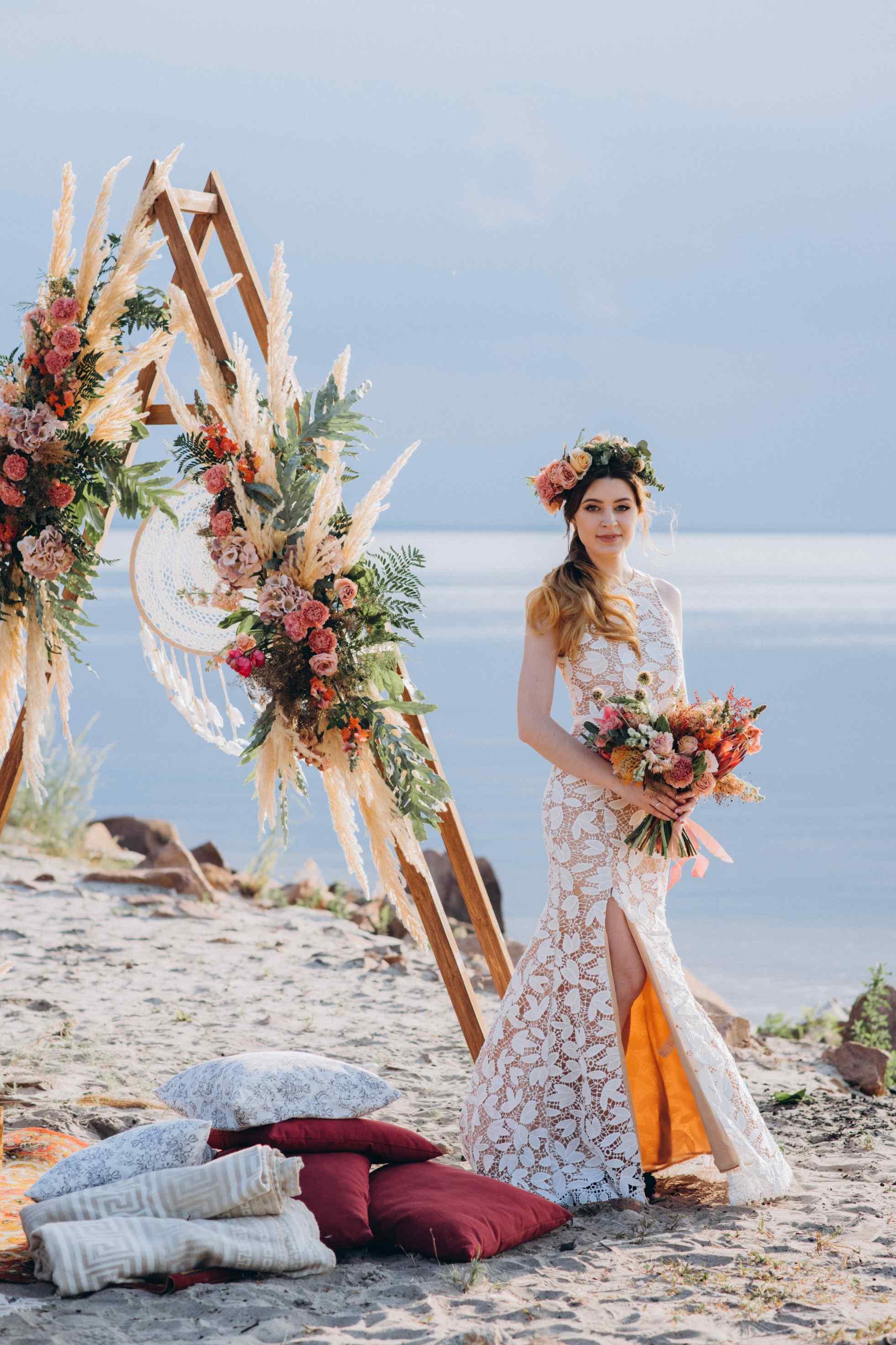 образ невесты, бохо, венок, букет