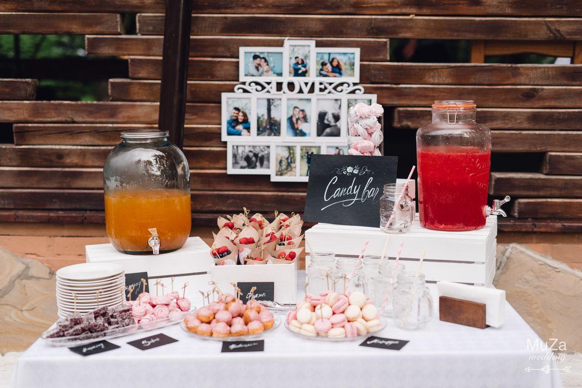 candy bar на свадьбе, ягоды