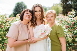 фото невесты с мамами