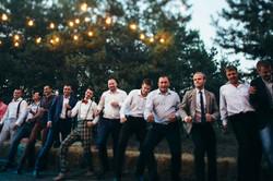 танцы под открытым небом на свадьбе