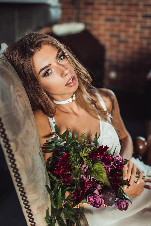 Немного дерзкий образ невесты для фотосъемки идеального утра невесты