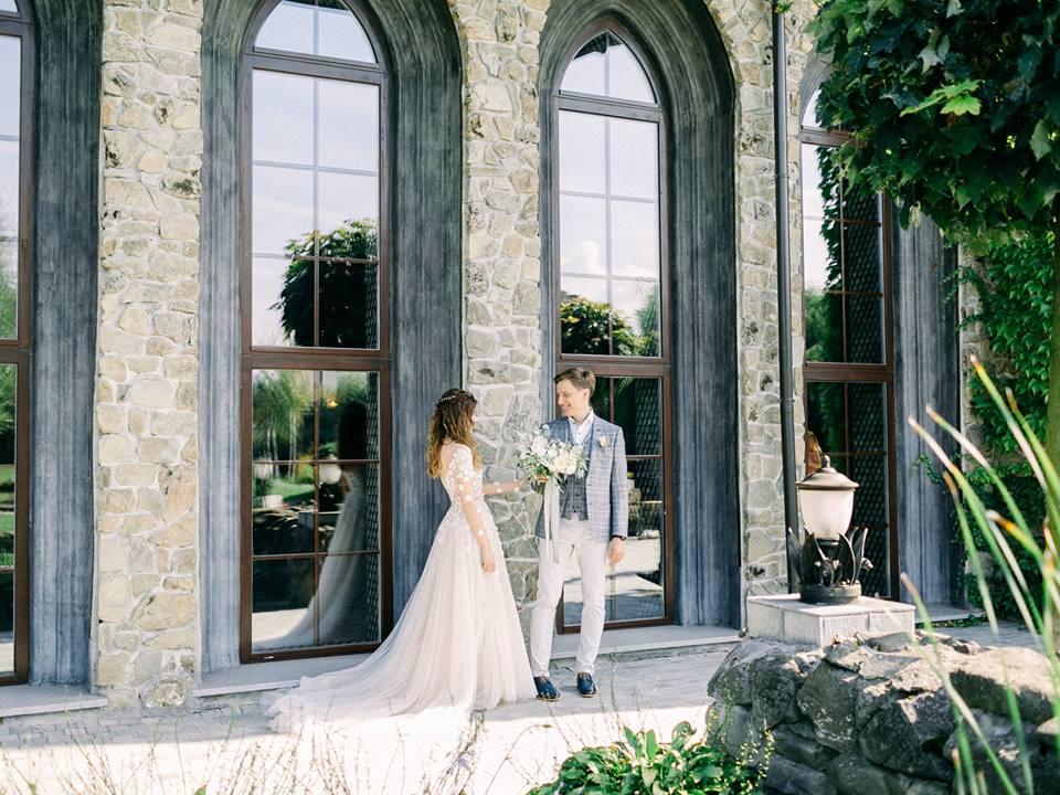 первая встреча молодоженов свадьба