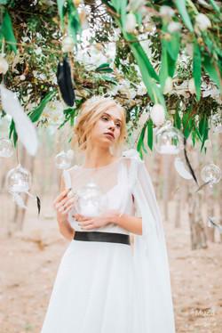 прозрачный хрупкий образ невесты