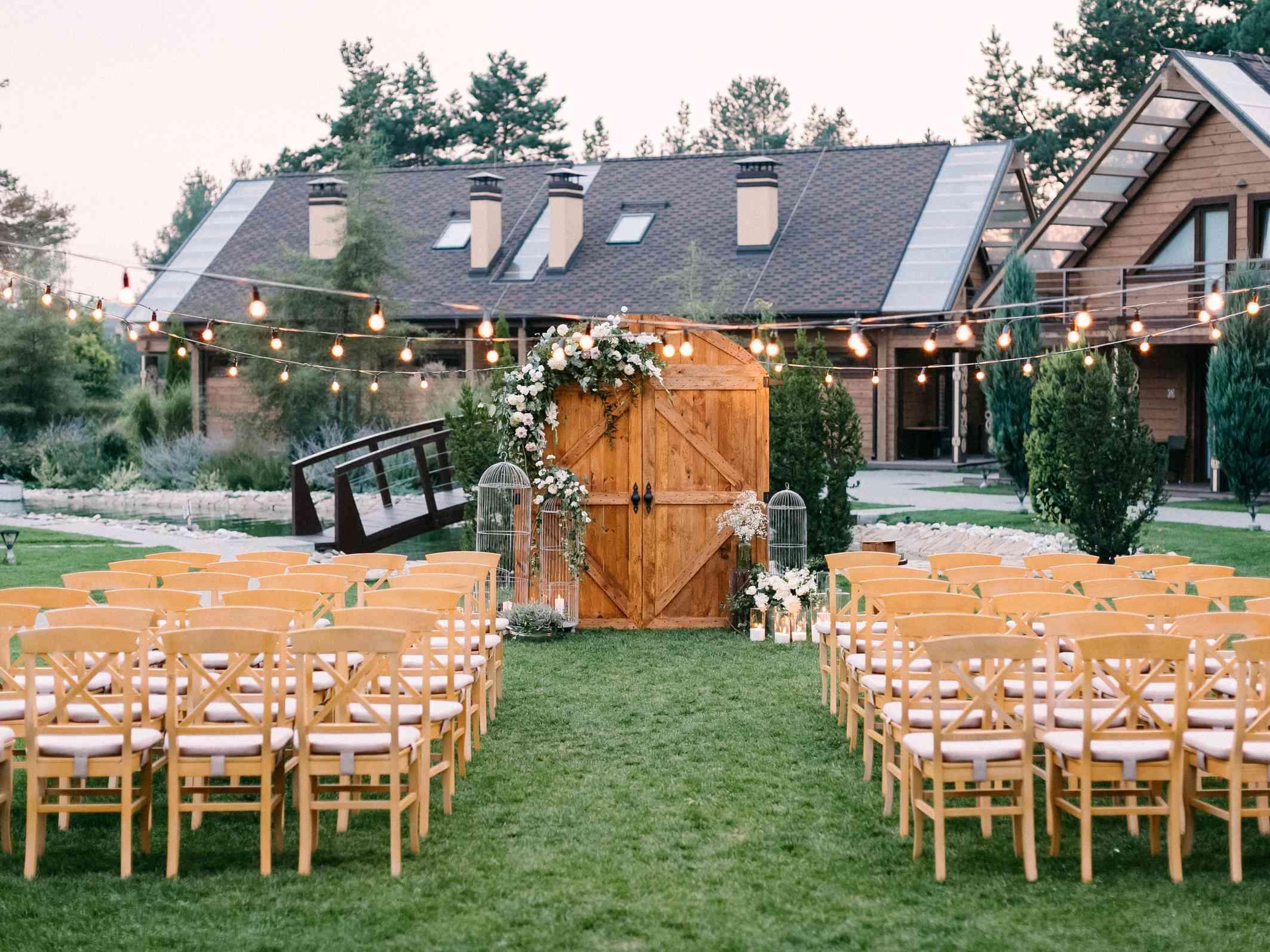 декор вечерней свадебной церемонии