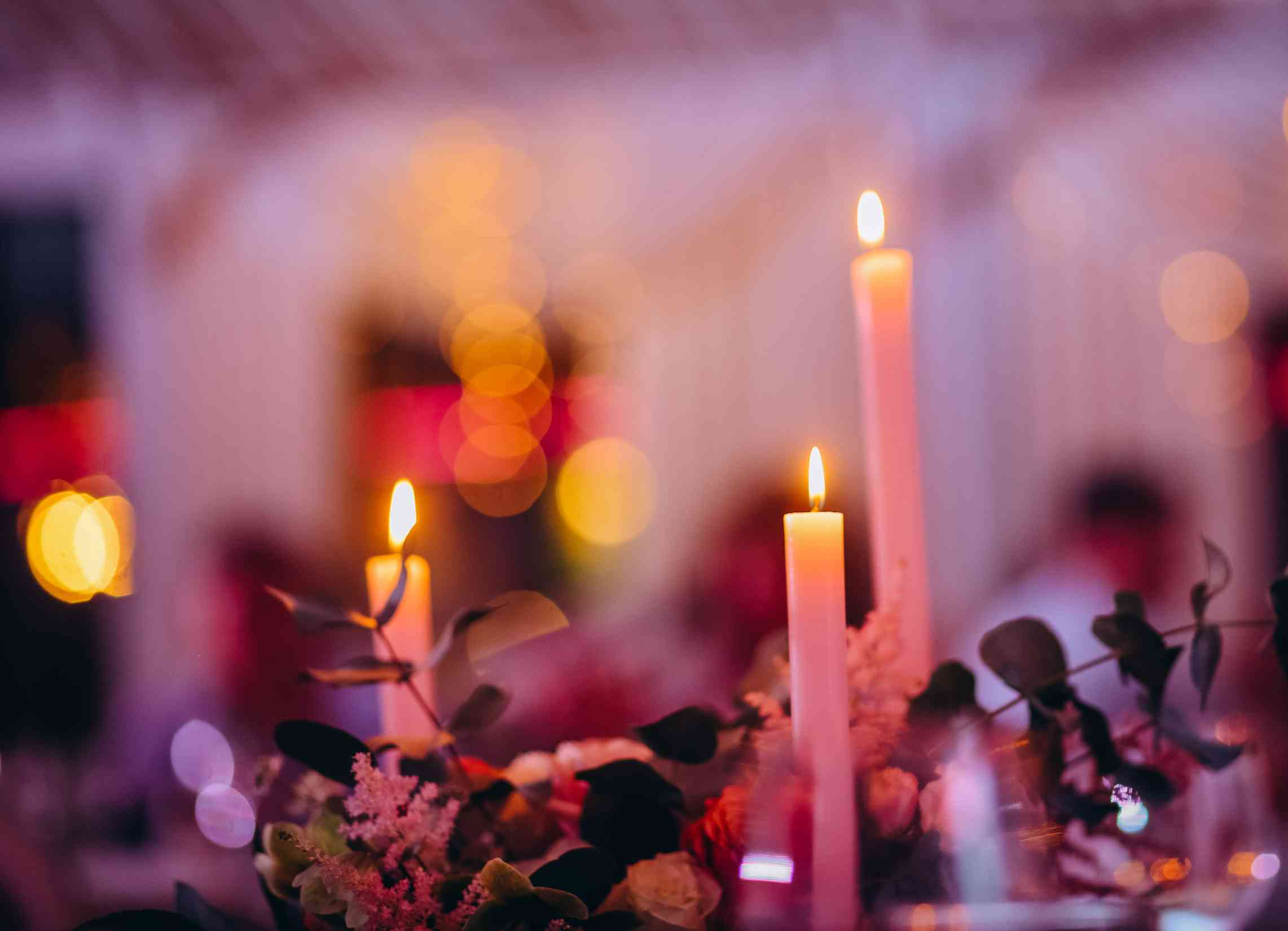 уютный свадебный вечер, свечи