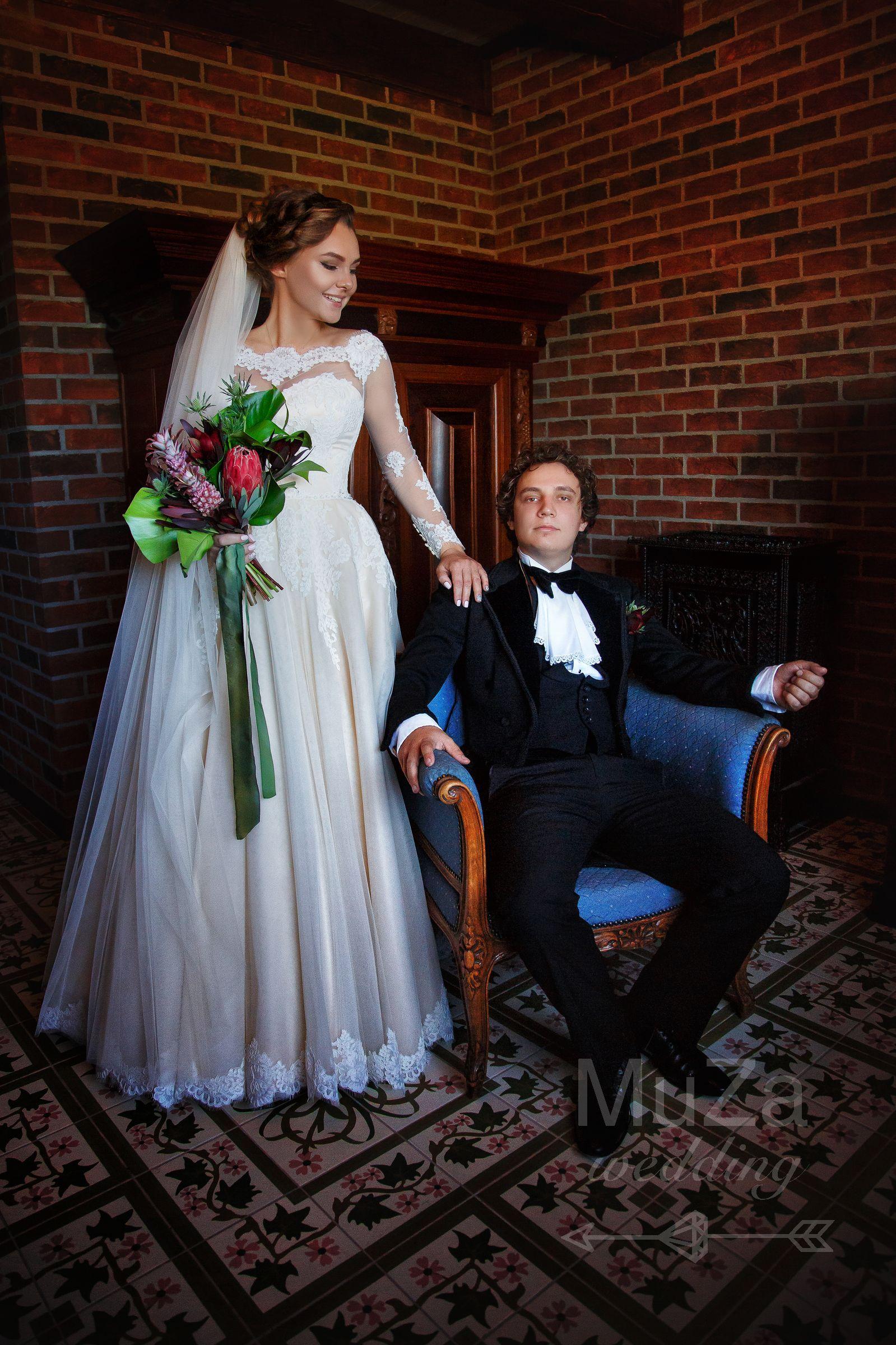классическое фото жениха и невесты
