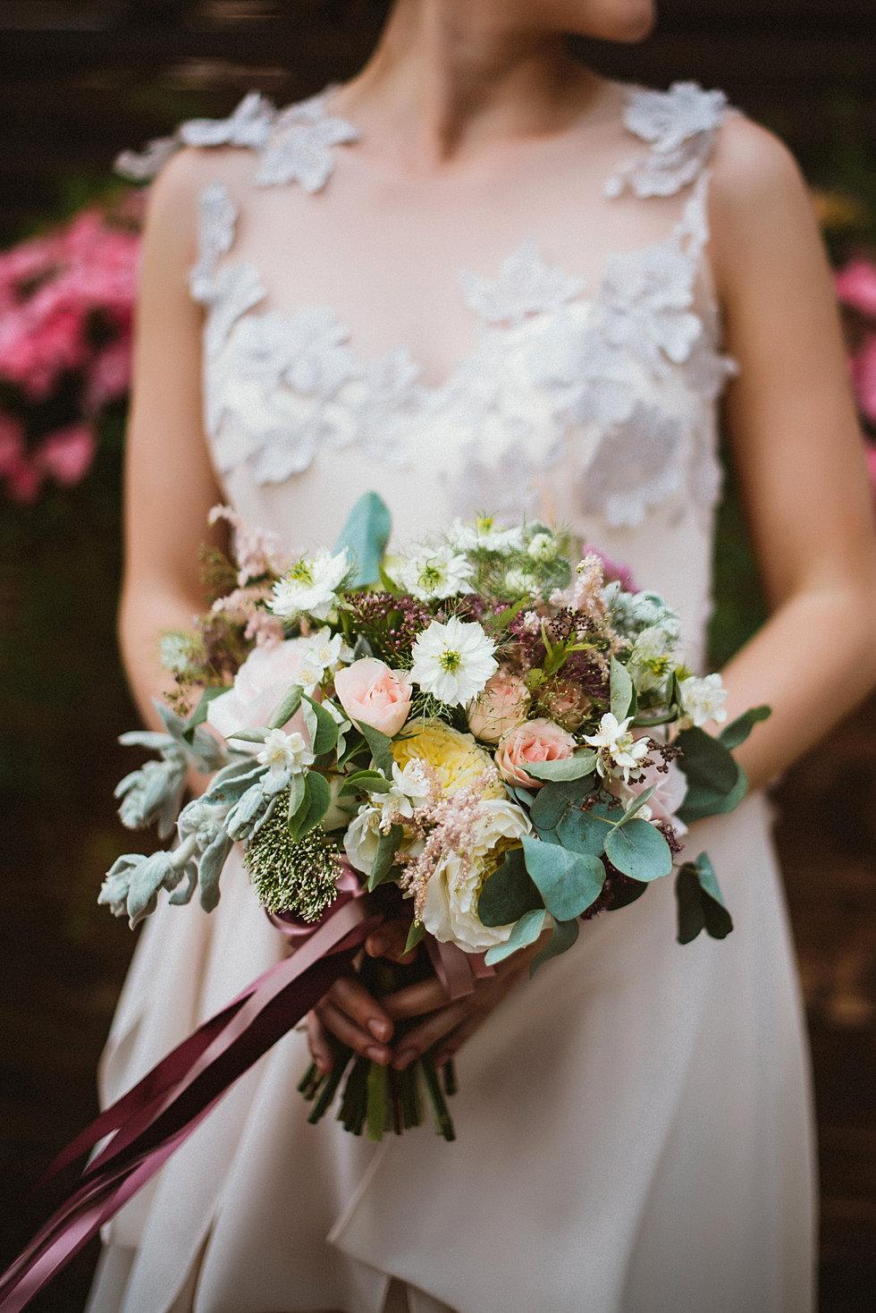 Свадебный букет под бежевое платье, букет бктп