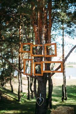 фотозона на свадьбе в стиле рустик