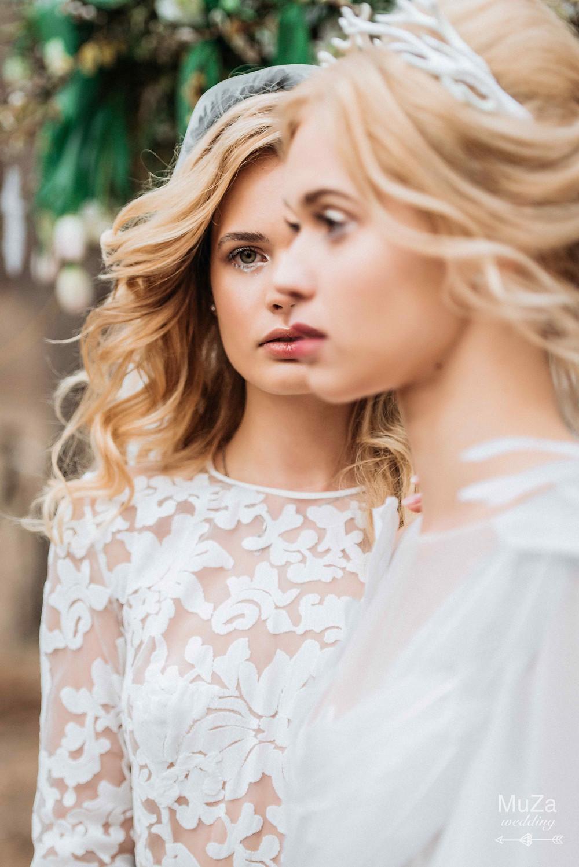"""Фото проект """"Пробуждение"""" - организация - свадебное агентство в Киеве MuZa-wedding, нежный тонкий романтический фотопроект, нежные светящиеся образы, естственность, сказочность, волшебство, идеи для вдохновения, вдохновение для свадьбы, идеи для фотопроектов, творческий фотопроект в лесу, проект свадьба в стиле бохо, естественные нежые образы моделей - сренд свадебных образов, модели нордической внешности, невесты-ангелы, дуальность, девушки в анфас и профиль, лесные нифы"""