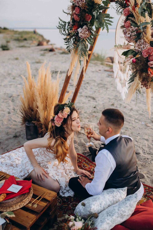 свадьба для двоих, сервис Готово, официальная регистрация брака, выездной регистратор, Киев, Украина, свадебное агентство, свадебный распорядитель, свадебный координатор, бохо, стиль свадьбы, свадьба на берегу ,Киевского моря, муза вединг