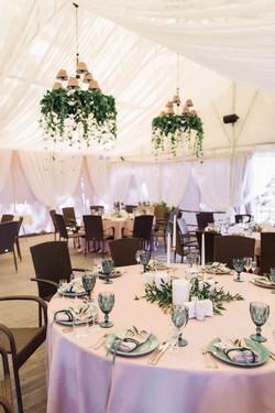 декор гостевых столов на свадьбе