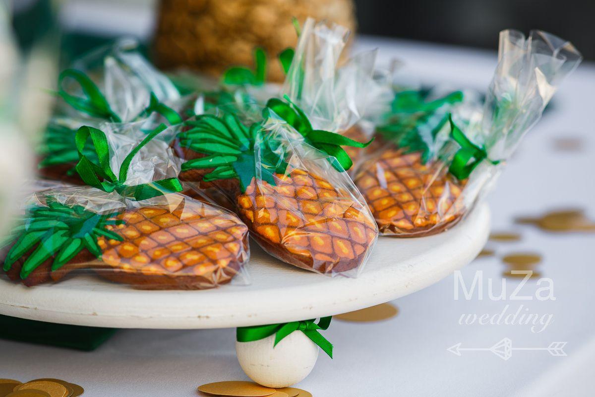 пряники печенье в форме ананасов
