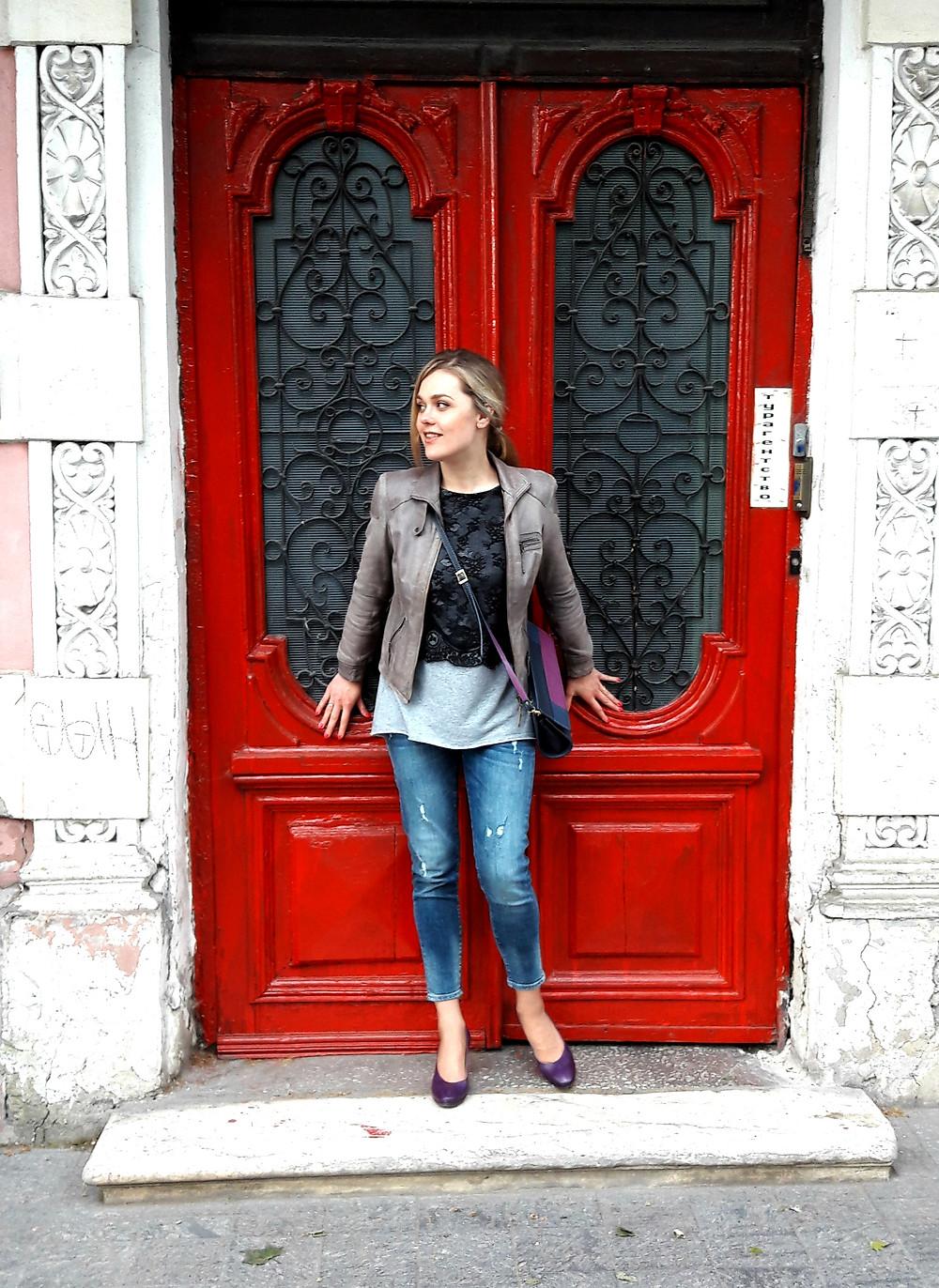 Одесса, красные двери, фото в Одессе, MuZa-wedding, свадебное агентство
