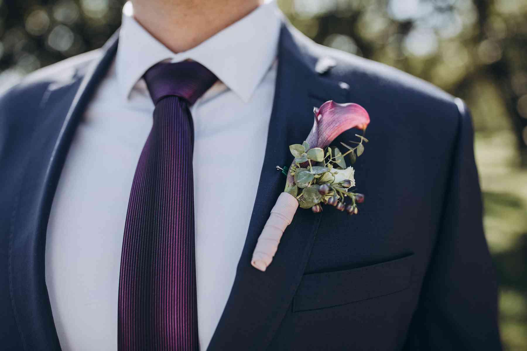 бутоньерка жениха, свадебный стиль