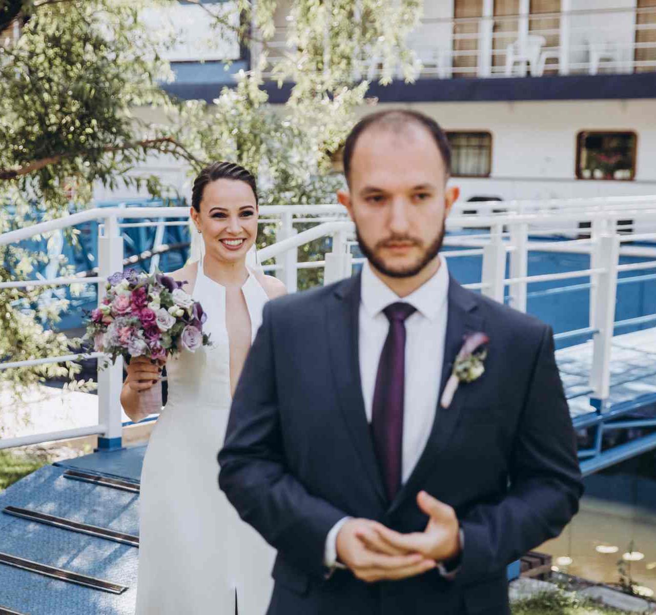 эмоции первой встречи жениха невесты
