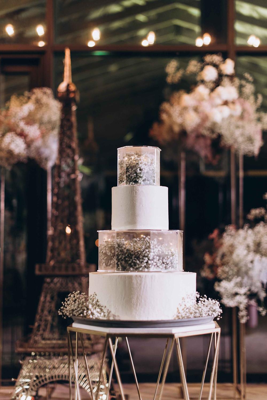 свадебный торт с прозрачными ярусами, с цветами, со стеклянными боксами, стильный, 2020, свадебное агентство Киев
