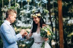 обмен кольцами на свадьбе фото