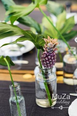 ананас, монстера, декор, свадьба