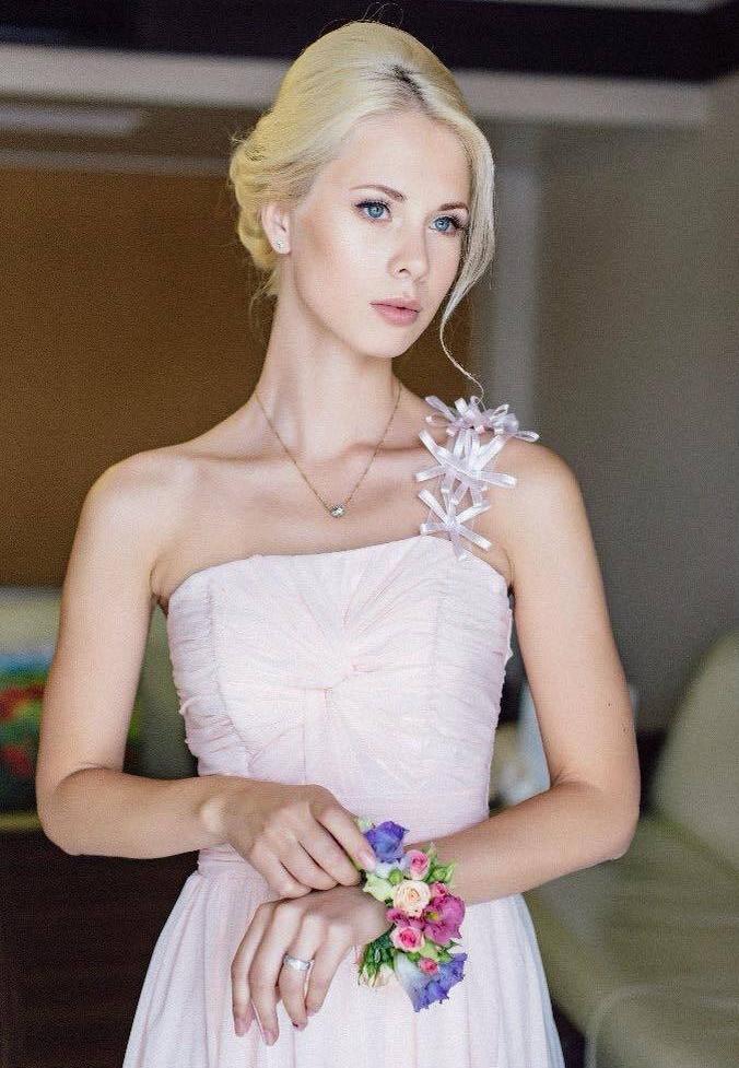Красивая невеста , красота невесты и свадебный образ невесты - кропотливый труд свадебных специалистов - свадебного визажиста, свадебного парикмахера, стилиста