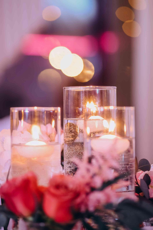 колбы и свечи на свадьбе