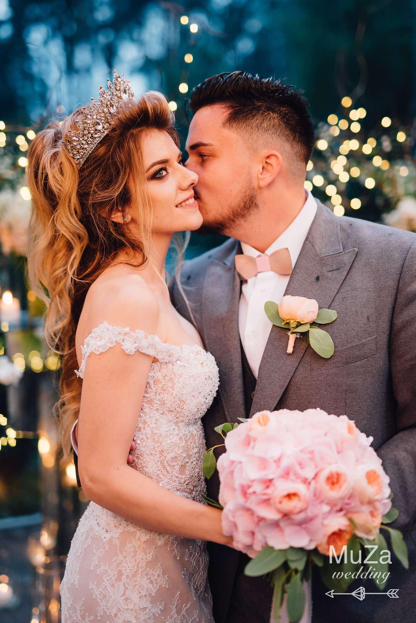 жених Артем и невеста Александра