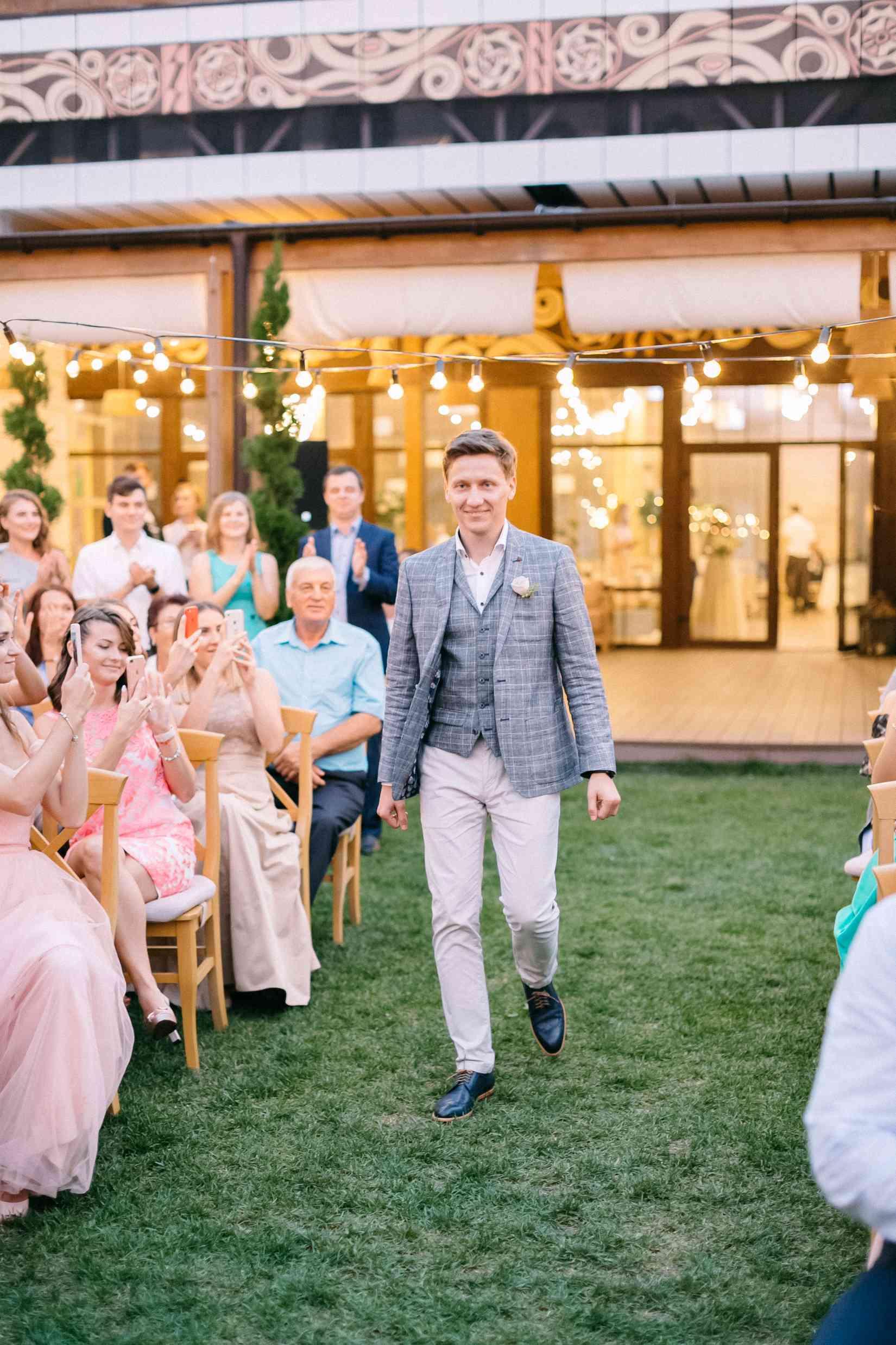 выход жениха на свадьбу, правила