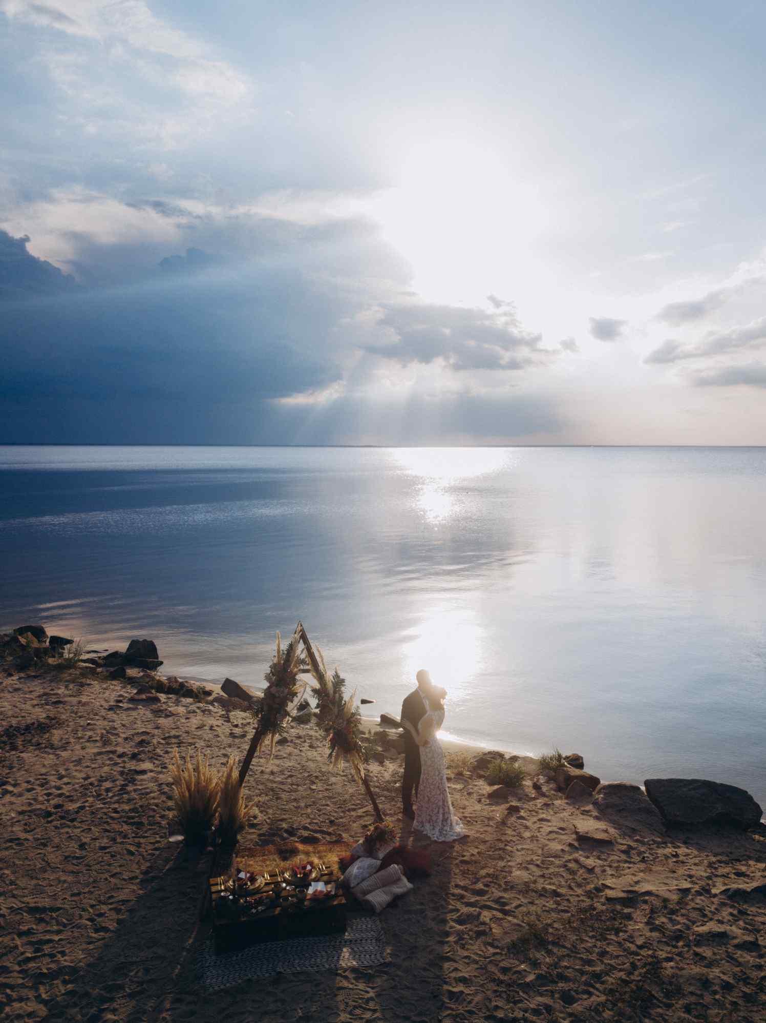 свадьба на берегу моря, Киев