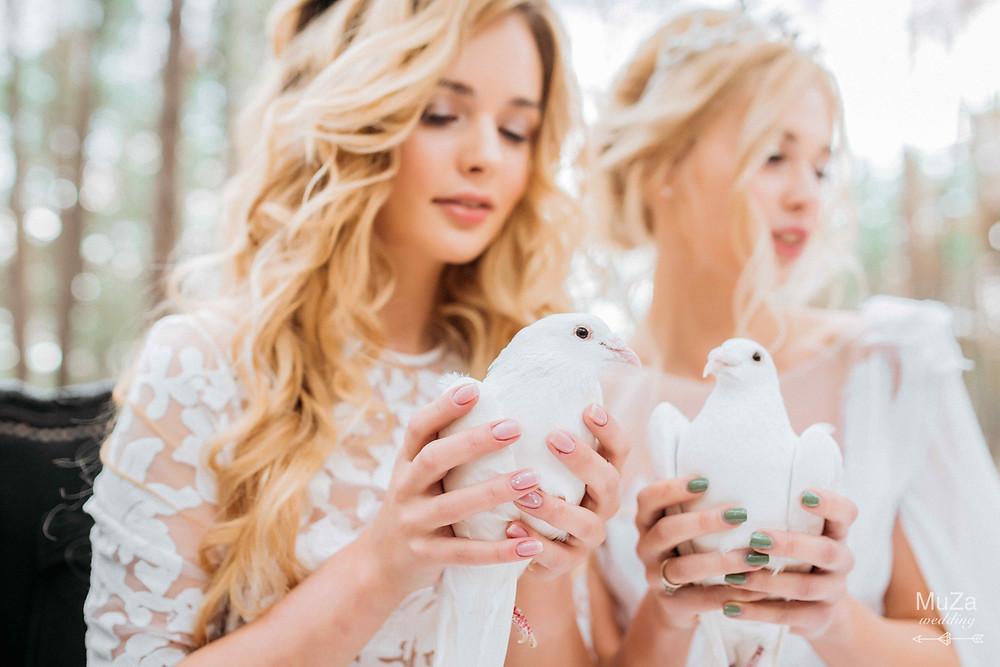 """Фотопроект """"Пробуждение"""": красивый весенний творческий проект о пробуждении природы, ново жизни, красоты, творчества и новых идей.  Тонкие образы девушек-ангелов, парочка голубей, нежность, любовь."""
