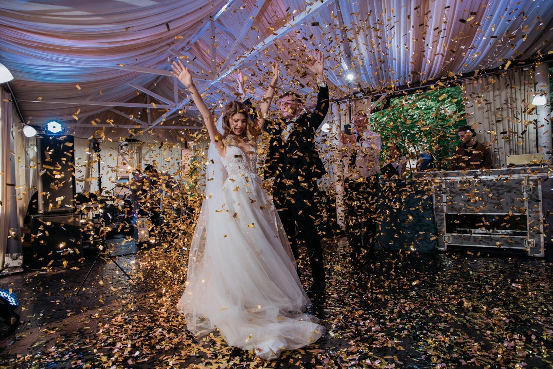 Метафан конфетти на свадьбе