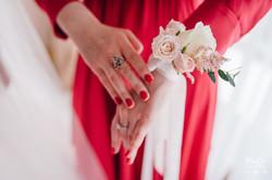 браслет из цветов для подружек невес