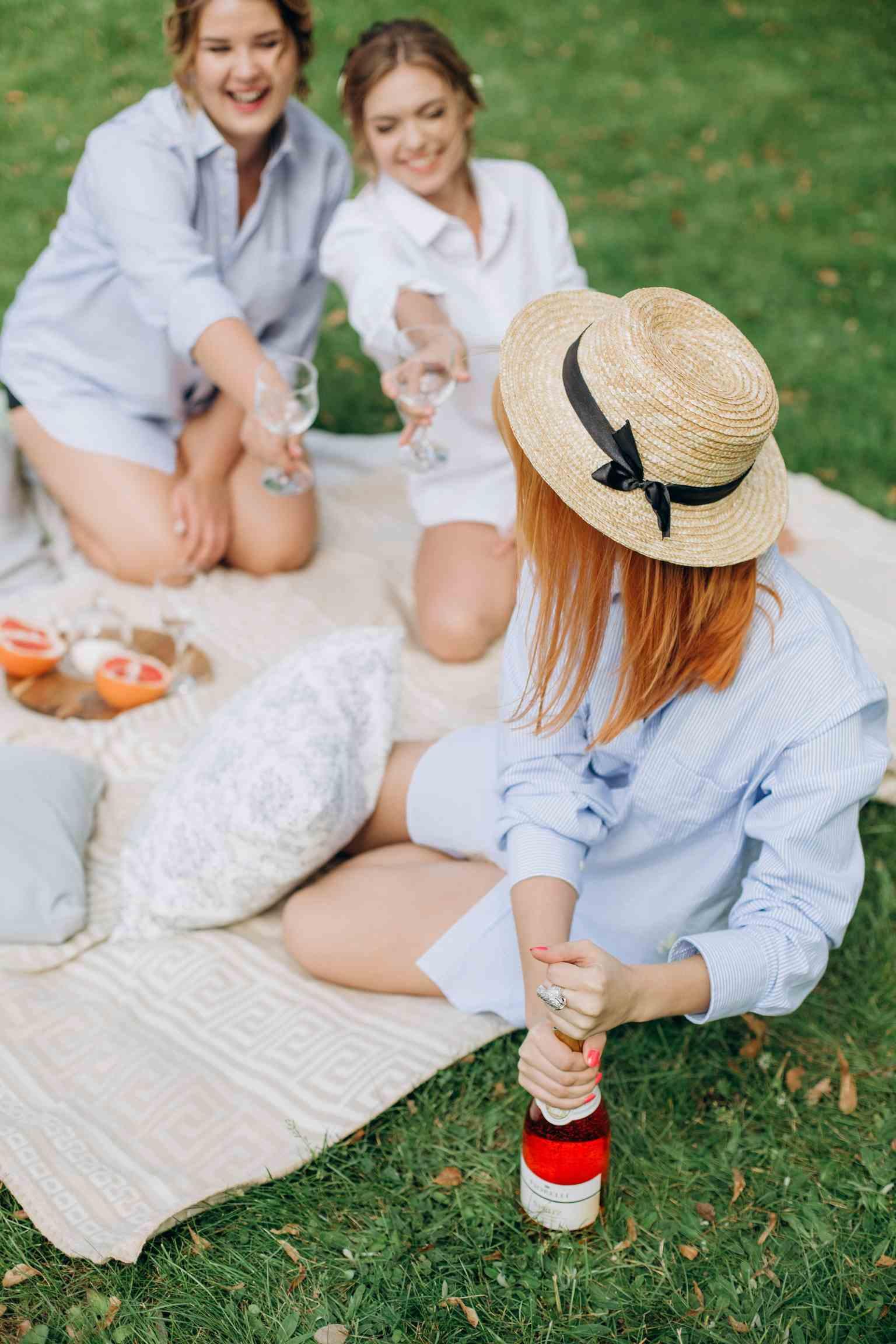 Свадебное утро пикник на природе