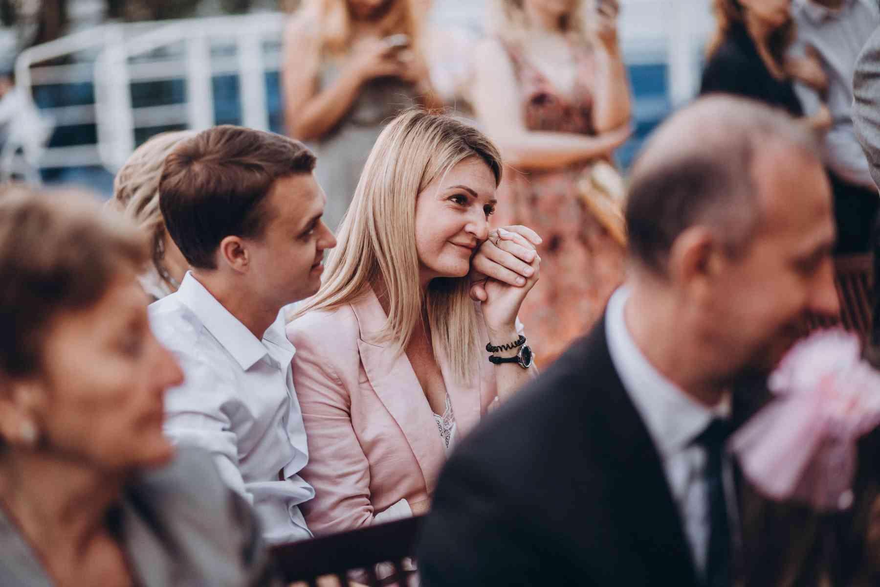 эмоции гостей на свадьбе