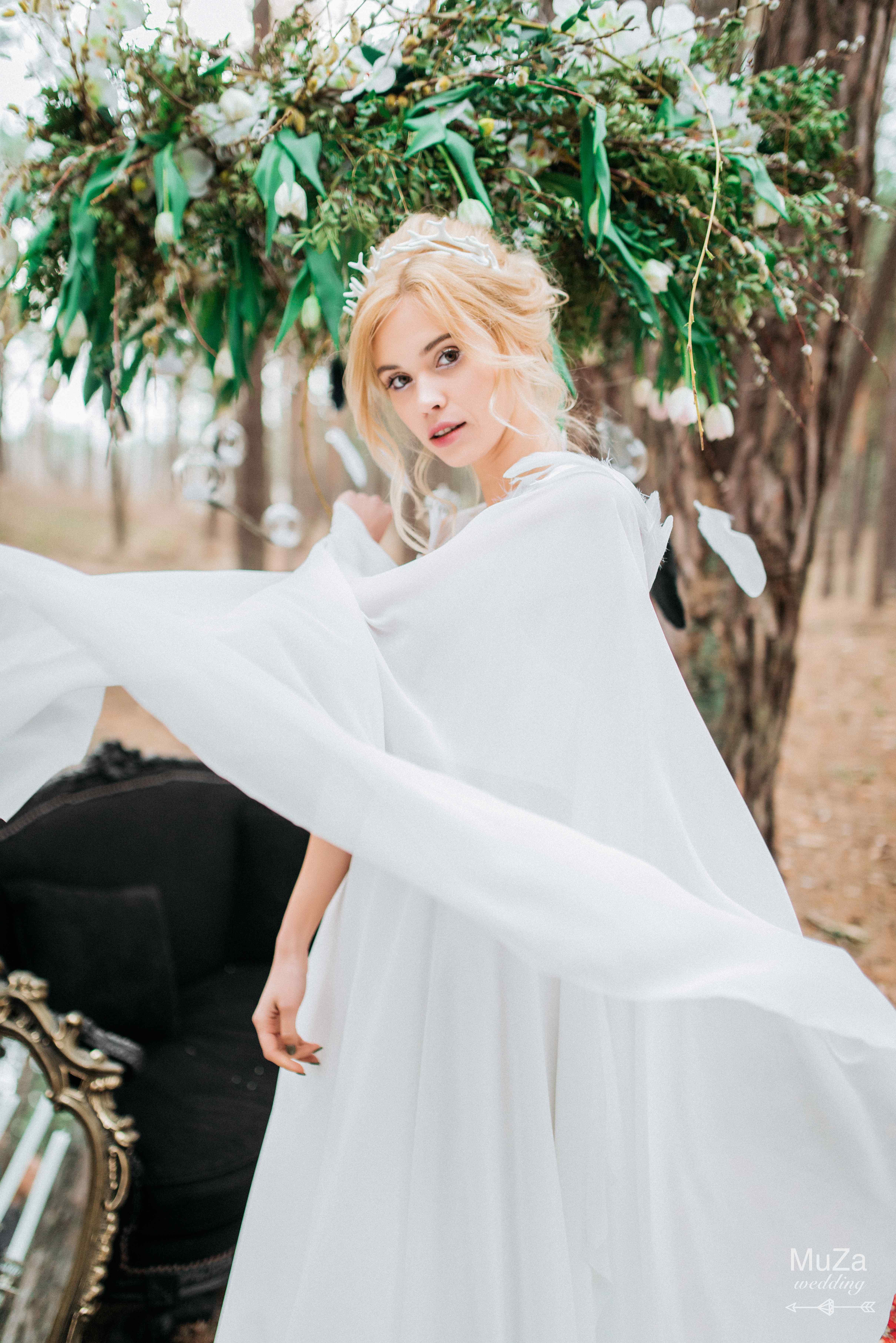 неординарное свадебное платье наряд