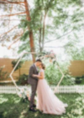 свадебная арка, шестиугольник, геометрия, свадебная церемония, Киев, MUZA-wedding, свадебное агентство в Украине