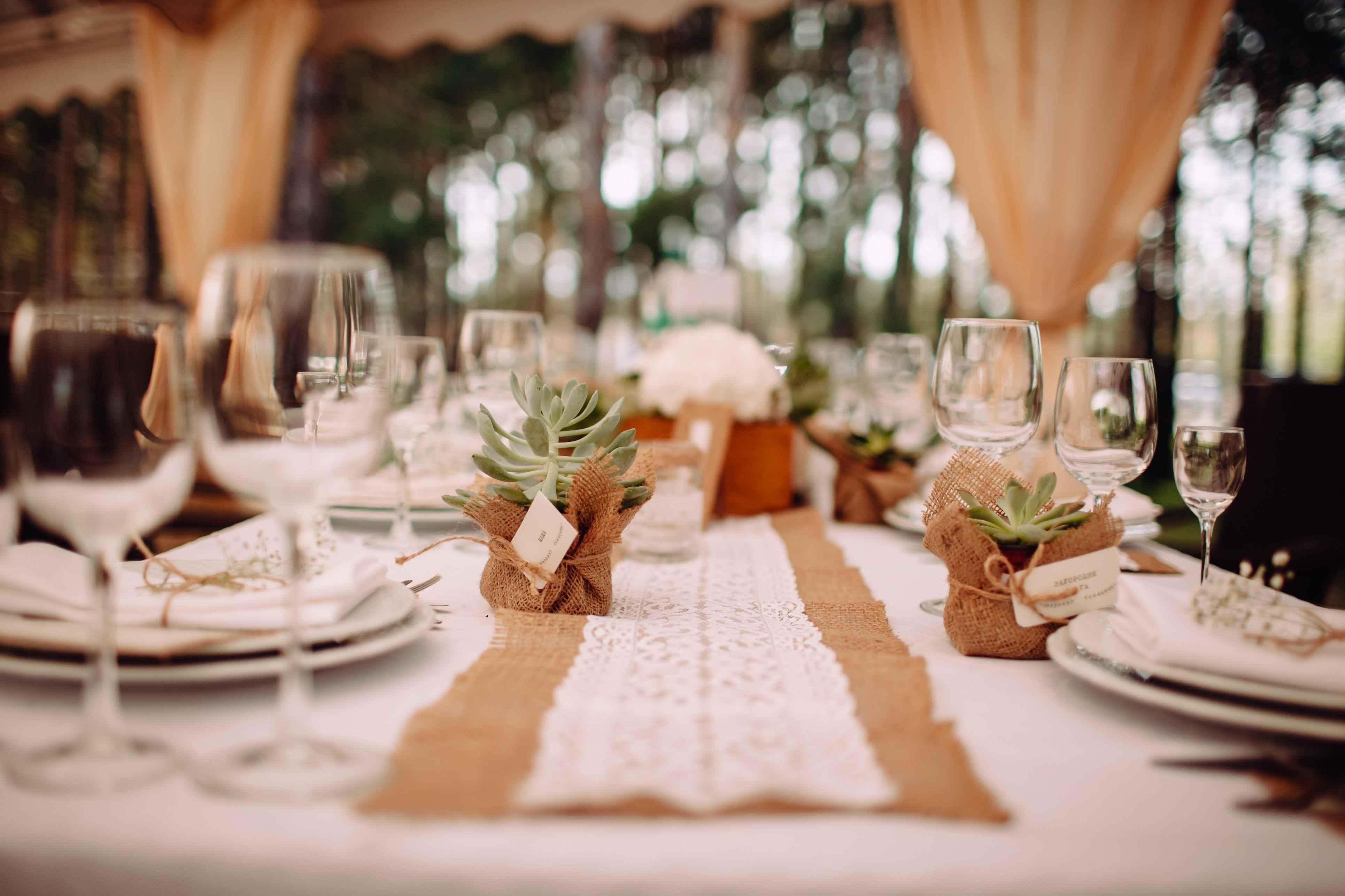 сервировка столов, свадьба, рустик