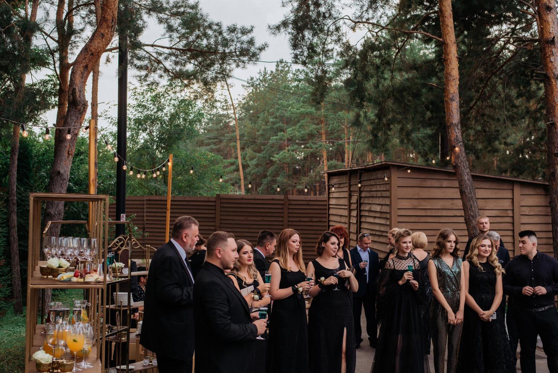 дресс код на свадьбе total black