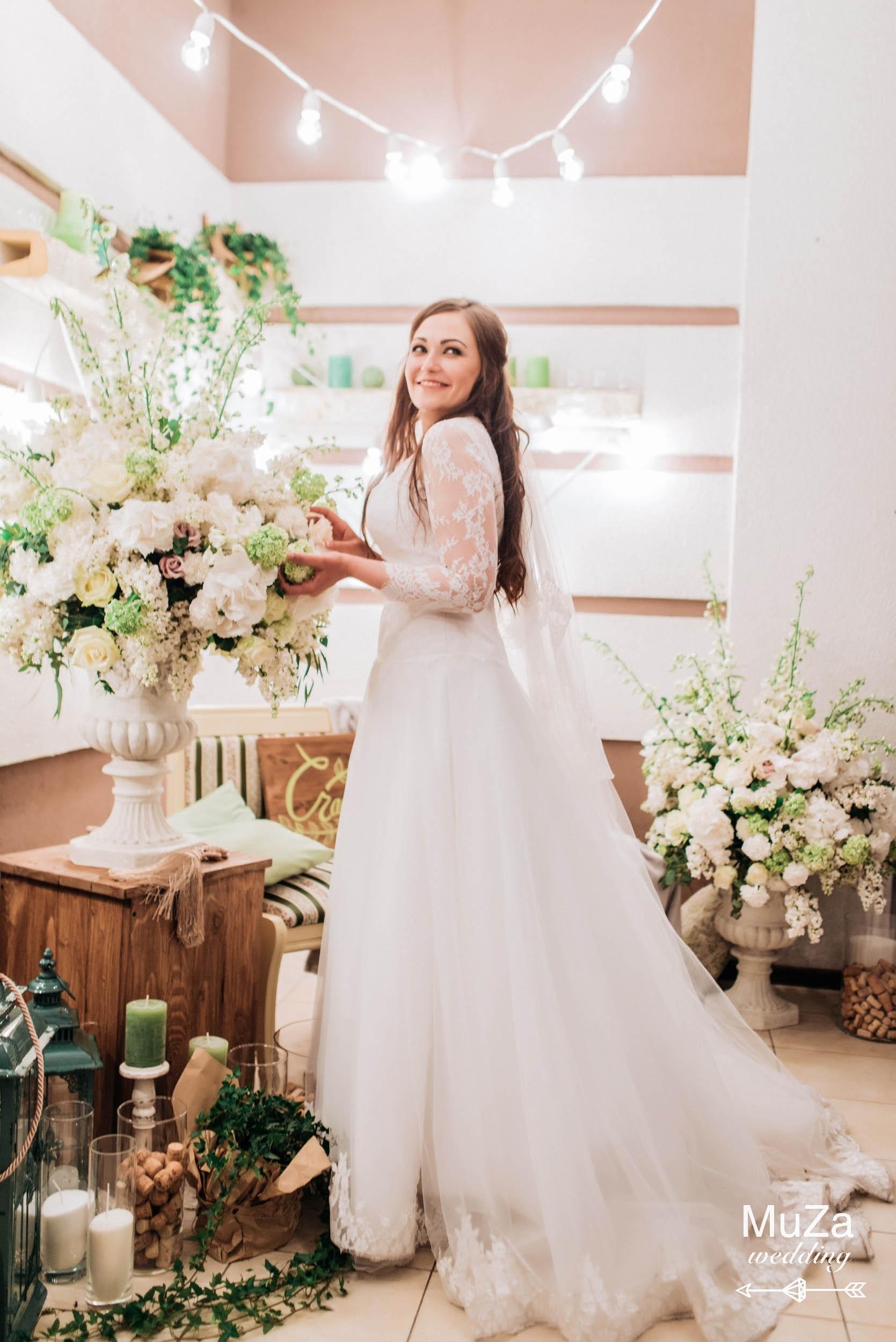 Невеста Евгения, свадебное платье