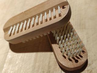 nail brush.jpg