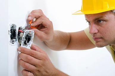 электрик розетки.jpg