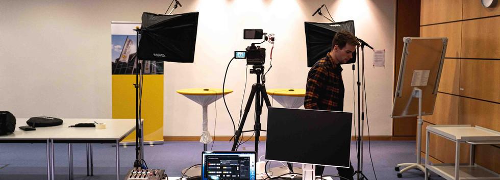 Livestream_Setup.jpg