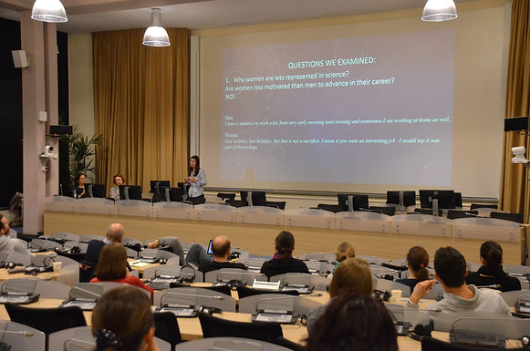 Support for early careers in science at CERN