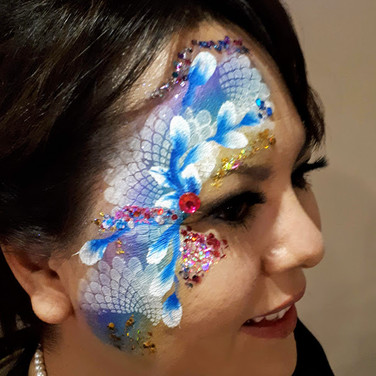 Face Painting | Facepainting | Facepainter | Facepainters | Balloons | Balloon Animals Artist Sculptures Twisting Decor | Magician |  Regina Saskatchewan | YQR SK |  Birthday Parties | Birthdays | Party | Event Planning |Children's Entertainer | Kid's Entertainment | Ladies Night | Bachelorette | Corporate | Christmas | BBQ | Community Day