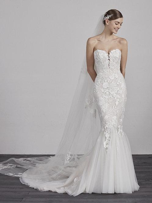 Ercilia wedding dress