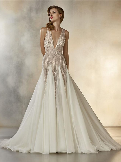 Dreaming wedding gown