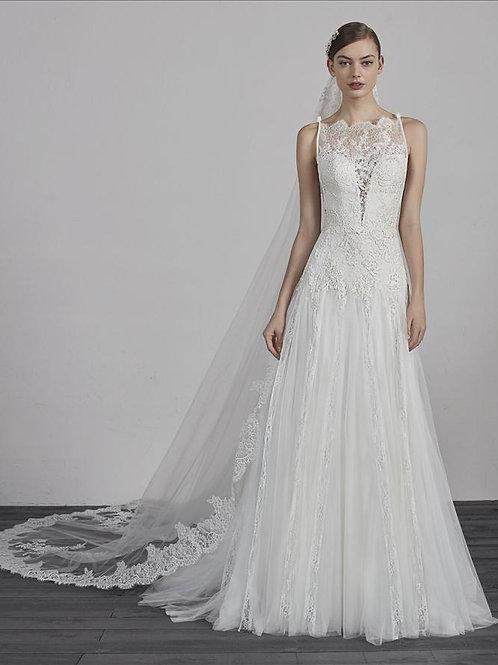 Estepa bridal gown
