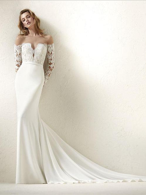 Dracma bridal gown