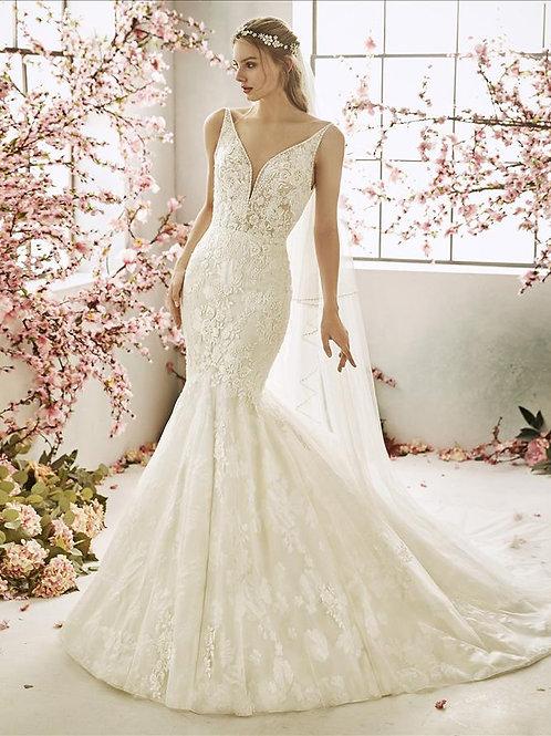 Sorrel bridal gown