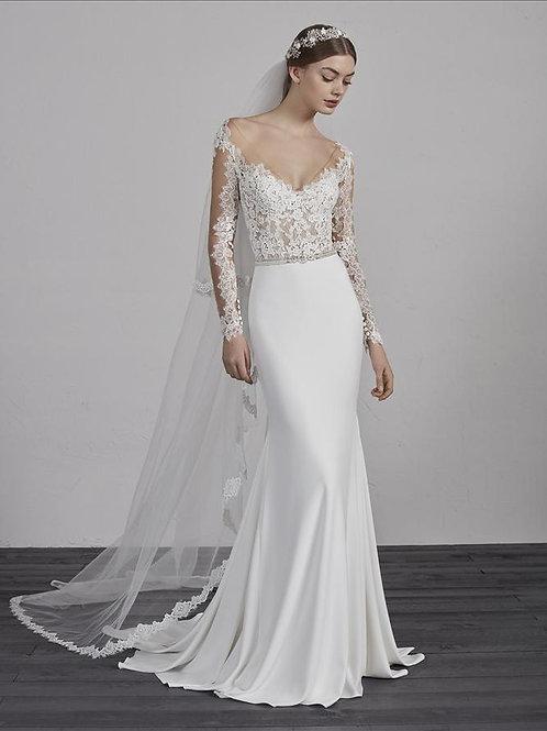 Emy bridal gown